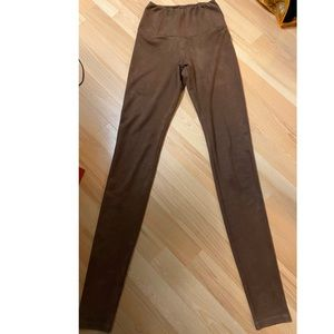 Aritzia Wilfred Free Brown Daria Legging XXS